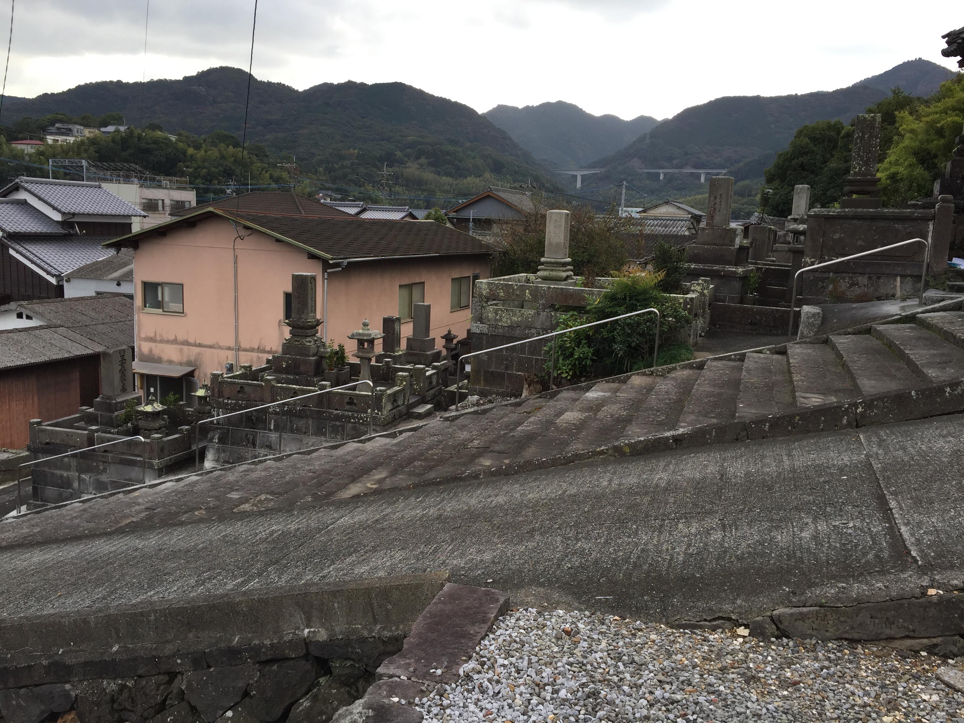 大分県臼杵市 お寺の手摺りを施工させていただきました。