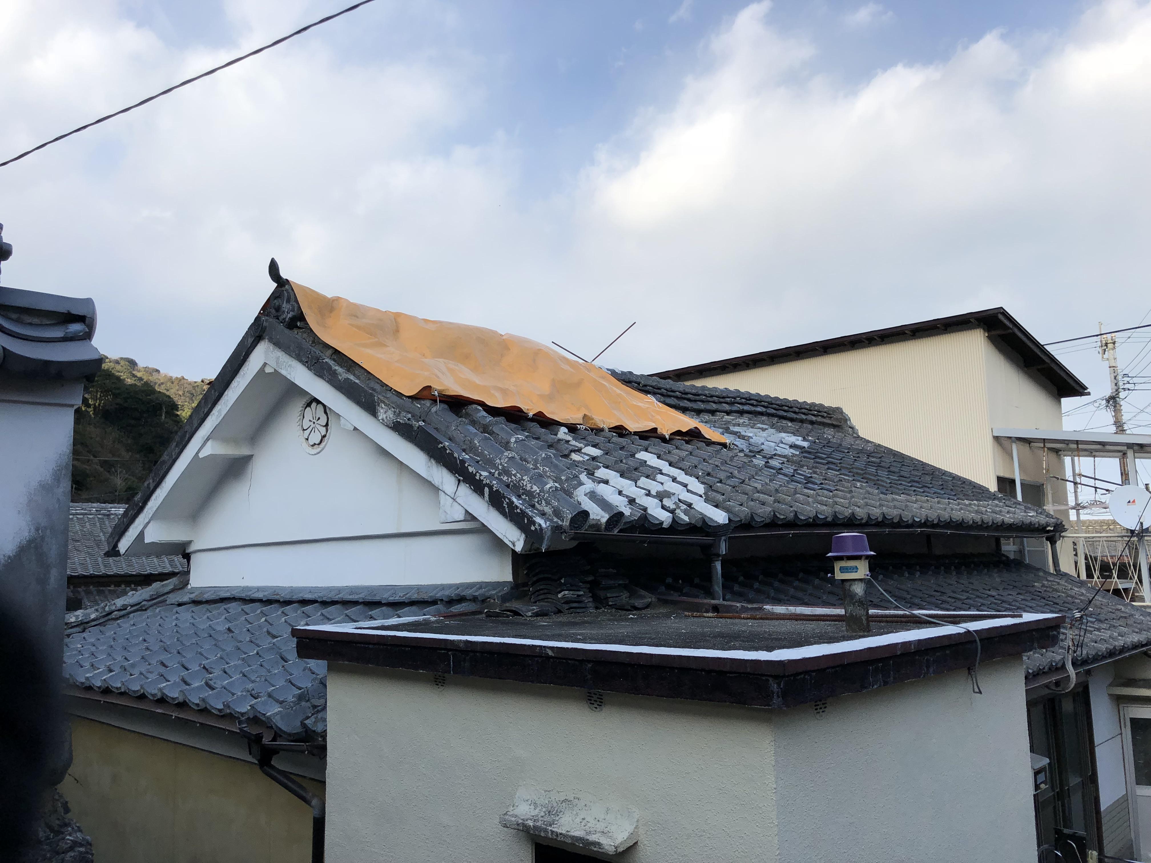 大分県津久見市 家屋屋根の雨漏り補修を致しました。
