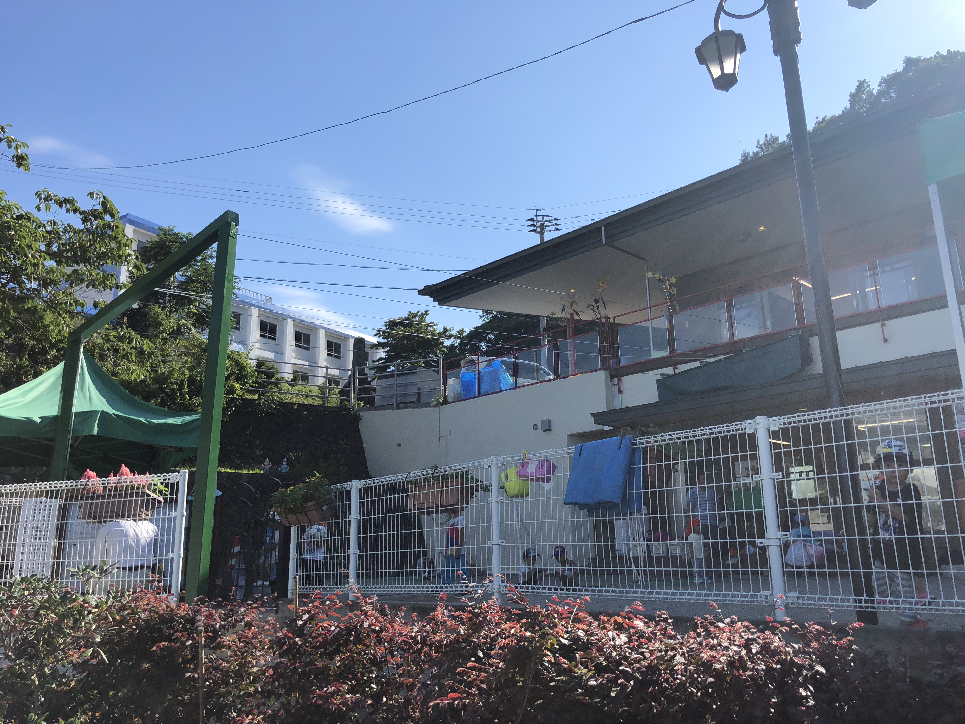 大分県臼杵市 保育園 開閉式テントを施工させていただきました。