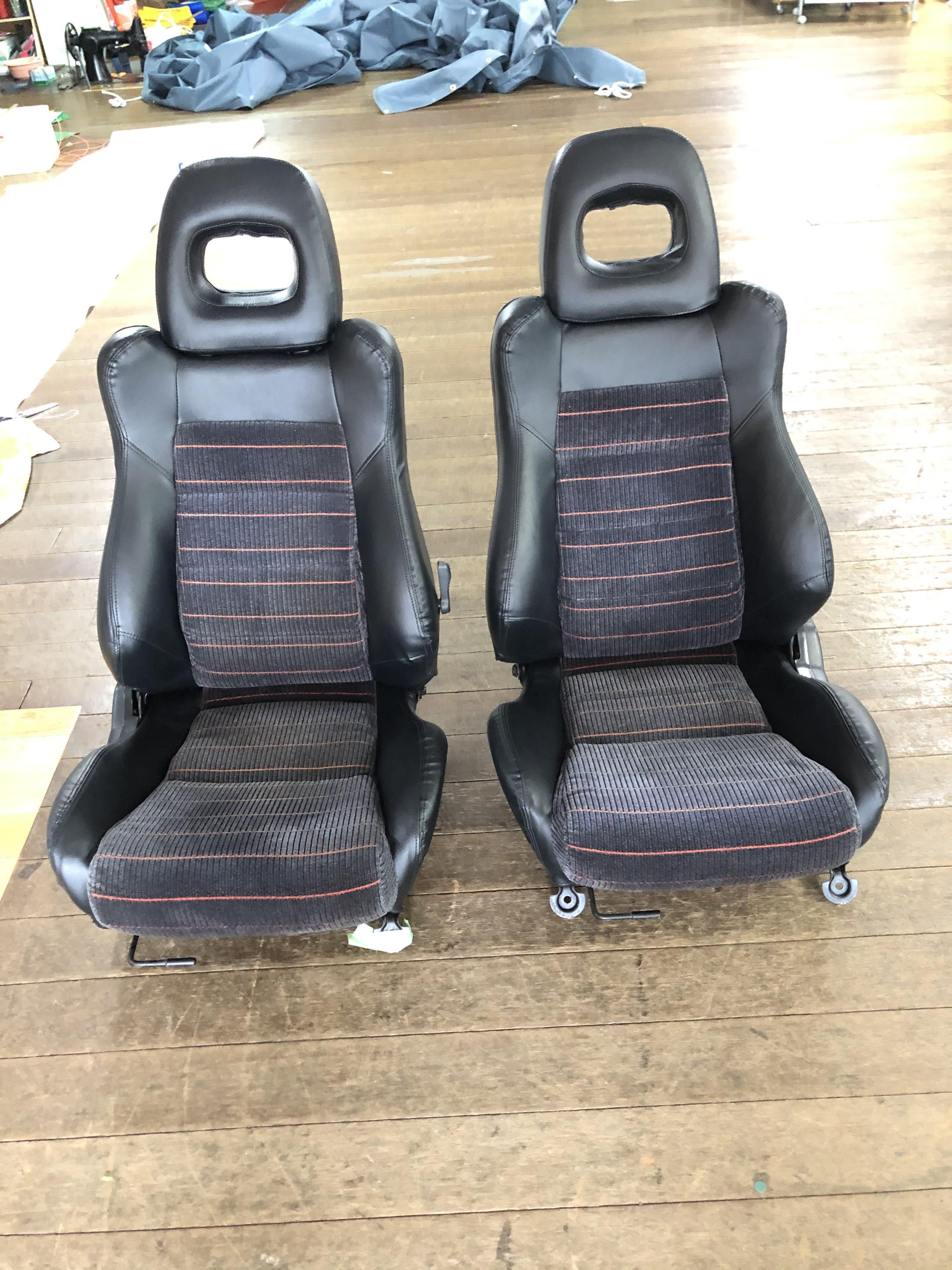 ホンダ CR-X 純正座席シートを張替させていただきました。